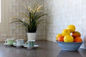 שימוש בצבעים חמים ליצירת אווירה ביתית