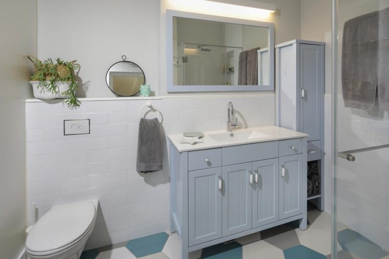 עיצוב חדר רחצה צבעוני-אדר' לילך פלד